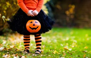 Halloween candy alternatives for trick or treaters